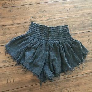 black/gray distressed flowy shorts